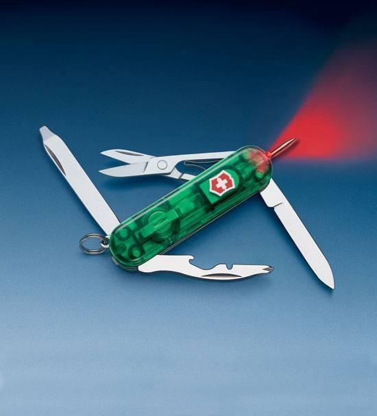Карманный нож Victorinox SwissLite Emerald 0.6366.T4