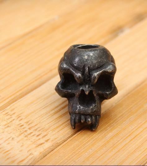 Череп Schmuckatelli Fangs Skull черный FANGS SKULL BLACK